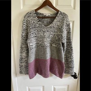 3/$30 Cleo colour block fussy sweater large